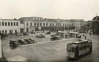 Stationsplein1935