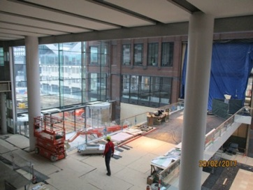 Opening north mile hc op 5 april bouwput utrecht - Lichtgrijze gang ...