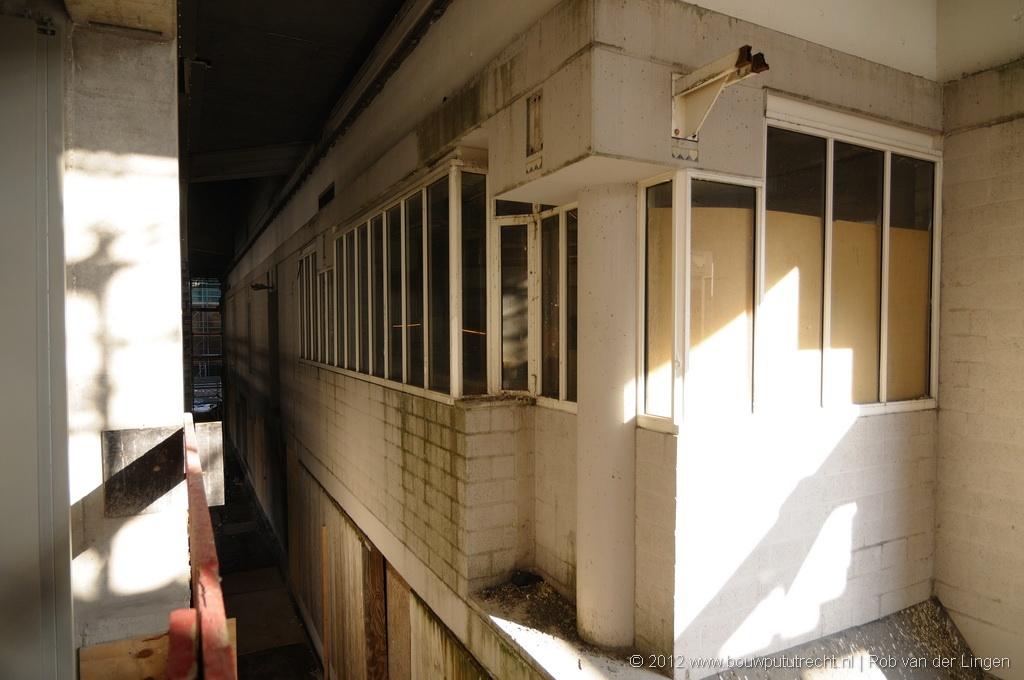 Ingekapselde oude zaal.